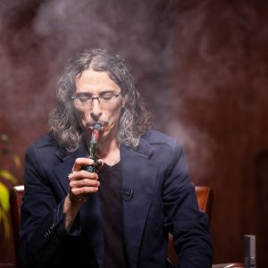 The True Story of Strawberry Cough: Kyle Kushman / High Rollers / Green Flower
